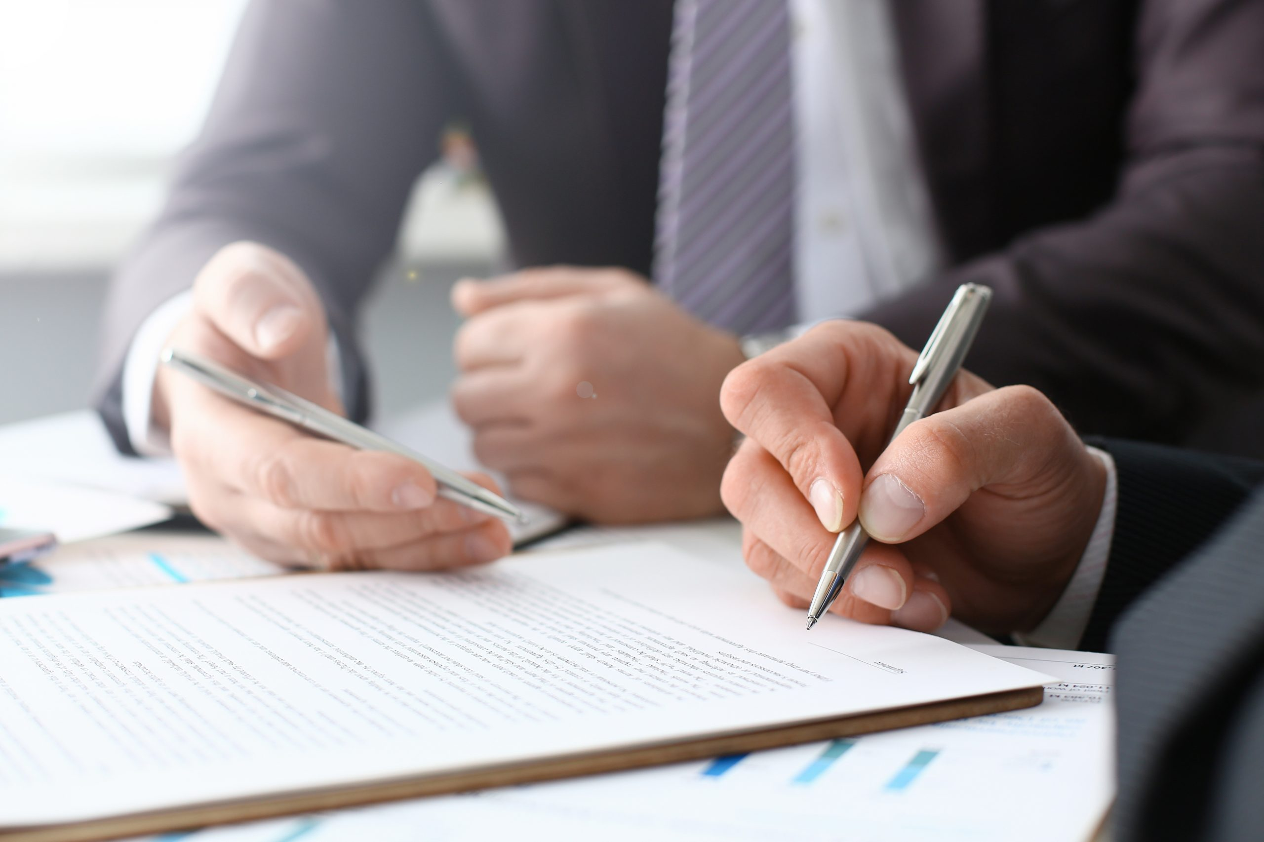 busniess contract corporate lawyer contract