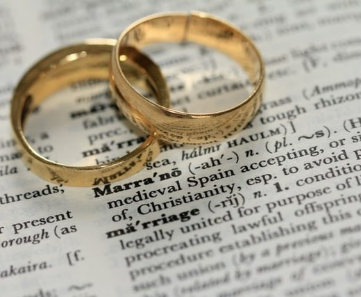 When shoudl youu update your will. Updating your will. Edmonton Lawyers. Update your will when you get married or divorced.